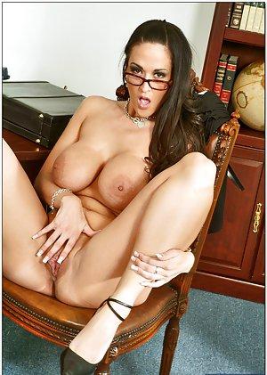 Masturbating porn